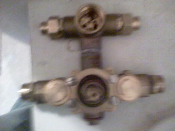 robinet encastré