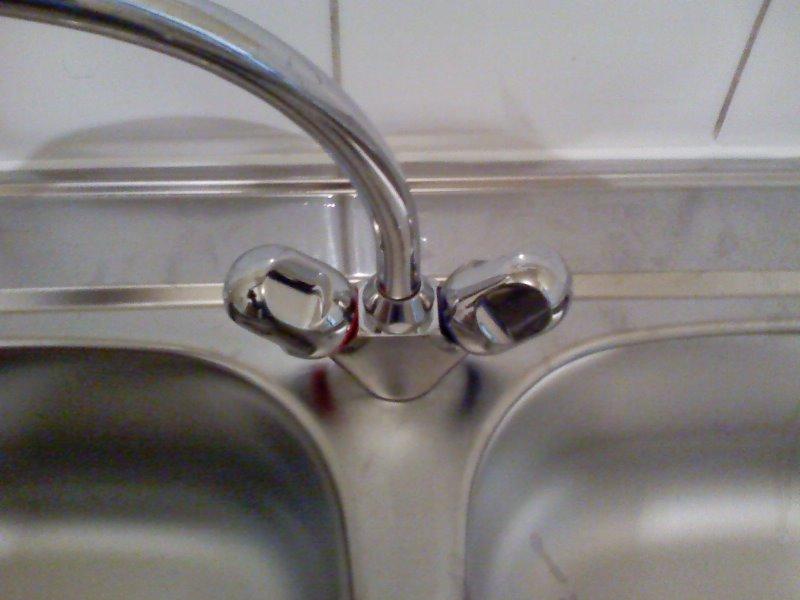 puis installez le robinet