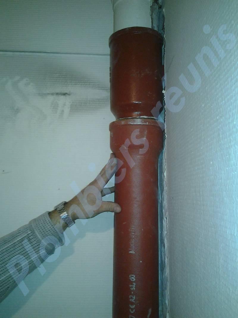 mettre le nouveau tuyau en place